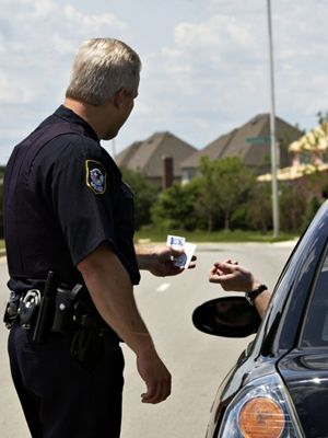 What to Do When Youre Pulled Over for a Traffic Stop