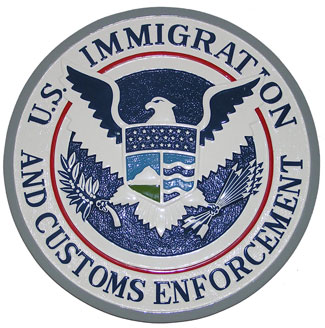 US-ICE-CopBlock